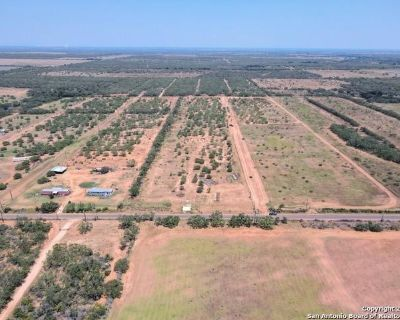 Plot For Sale In Charlotte, Texas