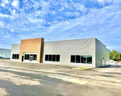 Brand New Turn Key Retail/Automotive Sales/Internet Delivery Center