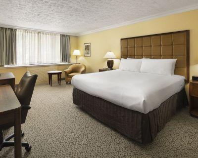 Crowne Plaza Louisville Airport Expo Center, an IHG Hotel - Fairgrounds