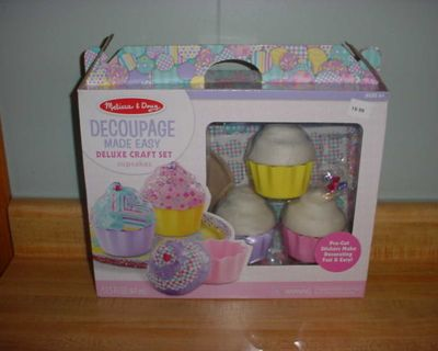 New Melissa & Doug Cupcakes Decoupage Made Easy Paper Mache Deluxe Craft Set. Pre-Cut Stickers Make Decorating Fast & Easy! Complete...