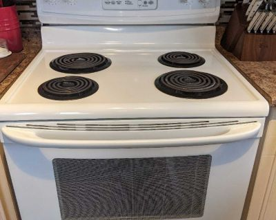 Kenmore stove - excellent working condition $300 obo