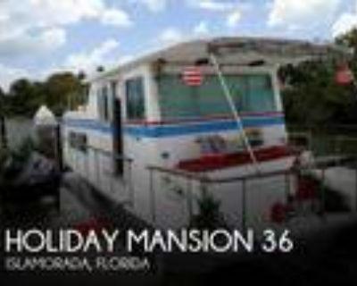 35 foot Holiday Mansion Sea Rover