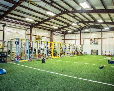 Urban Warehouse Fitness Gym, Friendswood, TX