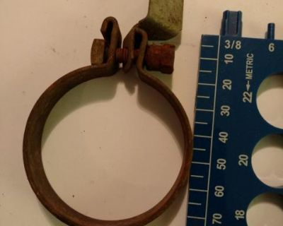 Air box / air cleaner clamp and bracket