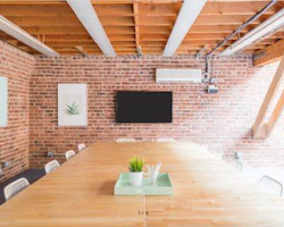 Private Meeting Room for 20 at Townsend Enterprises