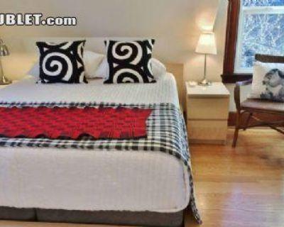Curtis Multnomah, OR 97217 3 Bedroom House Rental