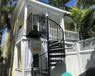 NEW MONTHLY RENTAL, Old Town, Newly Furnished, Duplex, month for price of week - Key West Historic District