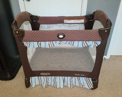 Graco travel pack and play