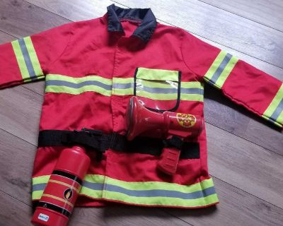 Firefighter costume age 3-4