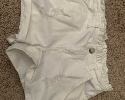 Justice white jean short 10