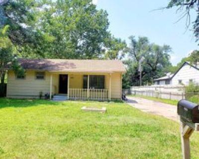4823 S Madison Ave #1, Wichita, KS 67216 2 Bedroom Apartment