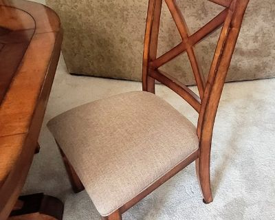 Dining Room Set w/4 Chairs