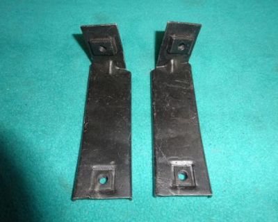 1970 Dodge Challenger Grille Support Brackets To Fenders, 1-pr, Refinished, Nice
