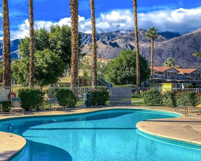 Country club condo with patio, private gas grill, and shared pools and hot tubs! - Palm Springs
