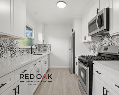 Completely Remodeled Trendy One Bedroom With Tons of Charm in a Courtyard Style Building