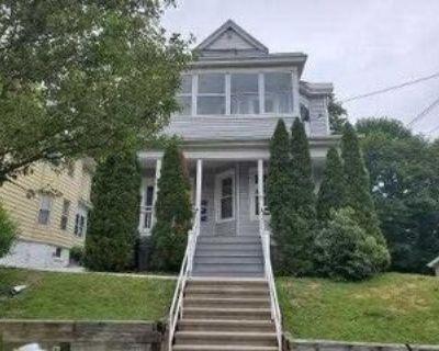 37 ROOSEVELT AVE-APT 2, Poughkeepsie, NY 12601 3 Bedroom Apartment