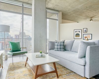 Sonder   Great for Remote Work   2BR + Balcony - Downtown Phoenix