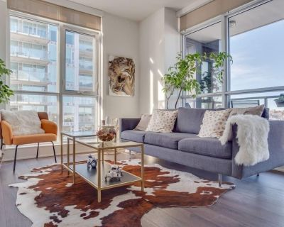 NEW Sweeping Views Luxury 2BR Suite Pool table, Rooftop Patio, BBQ, Coffee - Calgary Chinatown