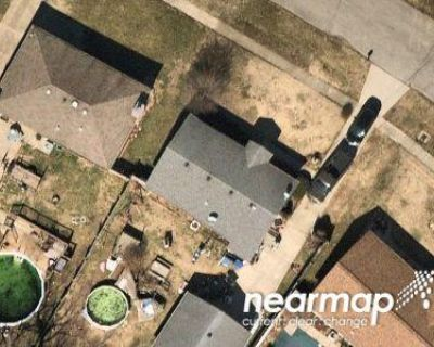 Preforeclosure Property in Louisville, KY 40216 - Branston Dr
