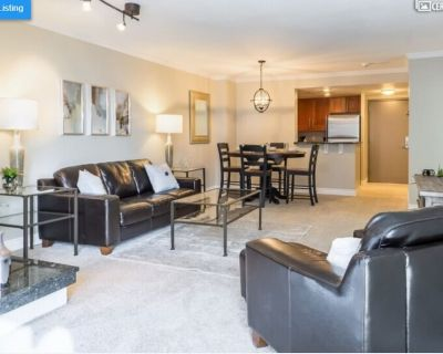 Downtown Denver 1 BR with Separate Office - LoDo