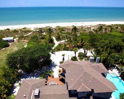 'Private Resort Like' ON the Beach, 2 acre, Family Friendly, Events, Pool/spa - Captiva