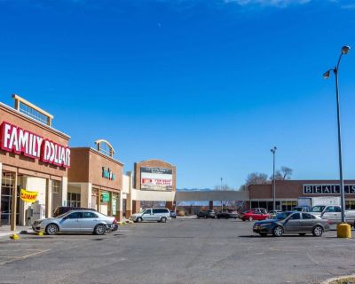 Space Available at Del Rio Shopping Center