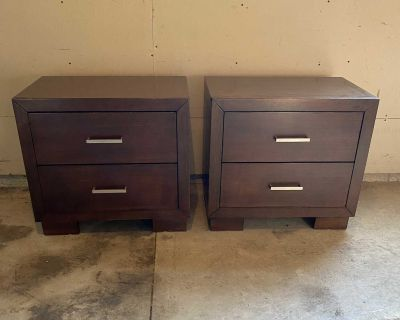 Steger s Night Stands