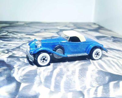 Vintage Rolls Royce Phantom 2