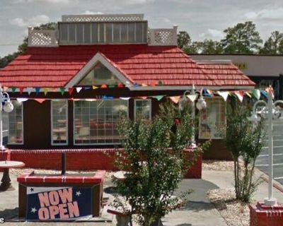 Freestanding Restaurant in Austell