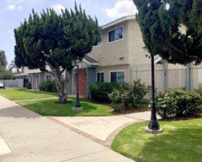 8621 Wilbur Avenue #4, Los Angeles, CA 91324 3 Bedroom House