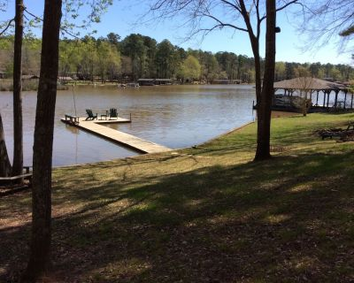 Year Round Vacation Rental Lake Home - Eatonton
