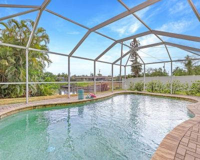 Coastal Pet Friendly Paradise walking distance to great local attractions - Nostra Palazzo - Roelens - Caloosahatchee