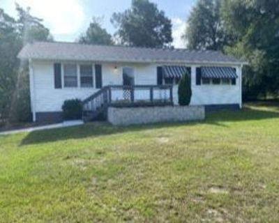 422 Kennebec St, Aiken, SC 29801 3 Bedroom Apartment