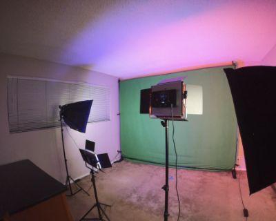 Apartment Photo/Video Studio with Lighting Package and Dedicated Bathroom, Santa Monica, CA