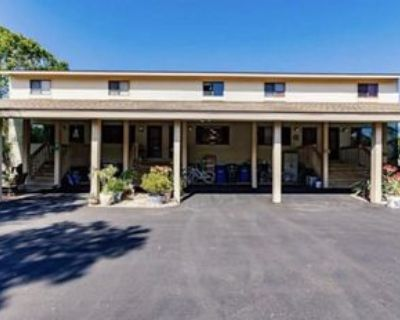 13508 Siesta Pines Ct #8, Fort Myers, FL 33908 2 Bedroom House