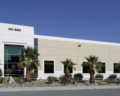 7,041 SF Industrial Building