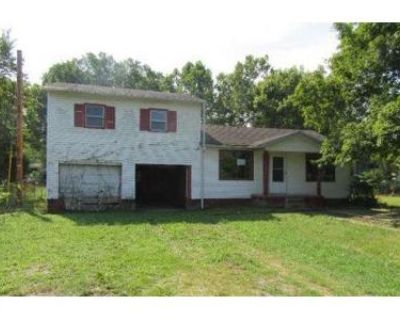 3 Bed 2 Bath Foreclosure Property in Charlestown, IN 47111 - Willow Dr