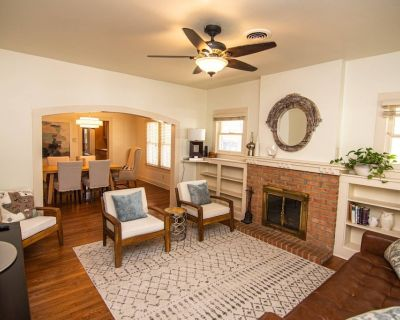 New! Walk to TCU Campus and Sporting Events. Newly Renovated and Close to Shopping/dining & The Zoo - Fort Worth