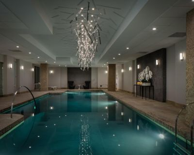 AKA Residences Sprawling Deluxe Suite w/ WiFi and Access to Pool & Gym - Sutton Place
