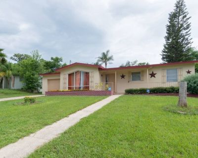 Experience the comfort you deserve while on vacation! - Deltona Lakes