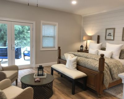 Walk to Wineries! Romantic & Private Guest Suite in the heart of Wine Country - Temecula