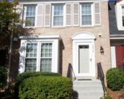 5676 Ridge View Dr, Rose Hill, VA 22310 3 Bedroom House