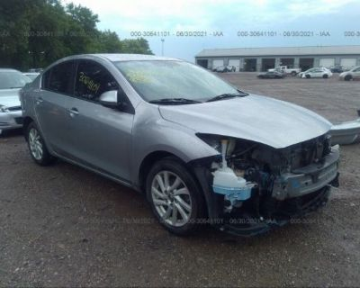 Salvage Silver 2013 Mazda Mazda3