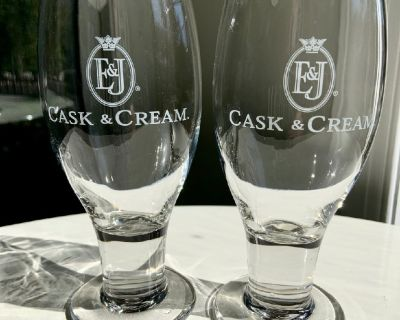 2 NEW E&J Cask & Cream Goblet Glasses