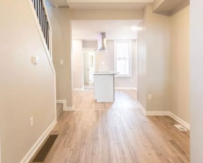 Private room with shared bathroom - Lebanon , PA 17046