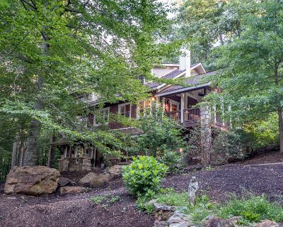 Country House for Sale in Asheville, North Carolina, Ref# 3770641