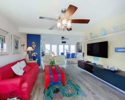 Beautiful Multi-Level Home w/Free High-Speed WiFi, Boat Dock, Outdoor Shower, AC - Holden Beach