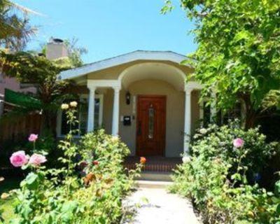 2017 Veteran Ave, Los Angeles, CA 90025 3 Bedroom House