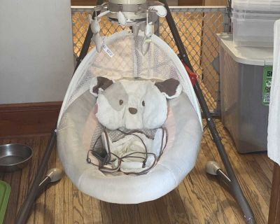 Fisher price snug a puppy cradle swing