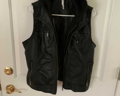 Hooded vest xlg